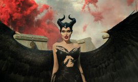 """Maleficent: Mistress of Evil""dan Angelina Jolie Röportajı!"